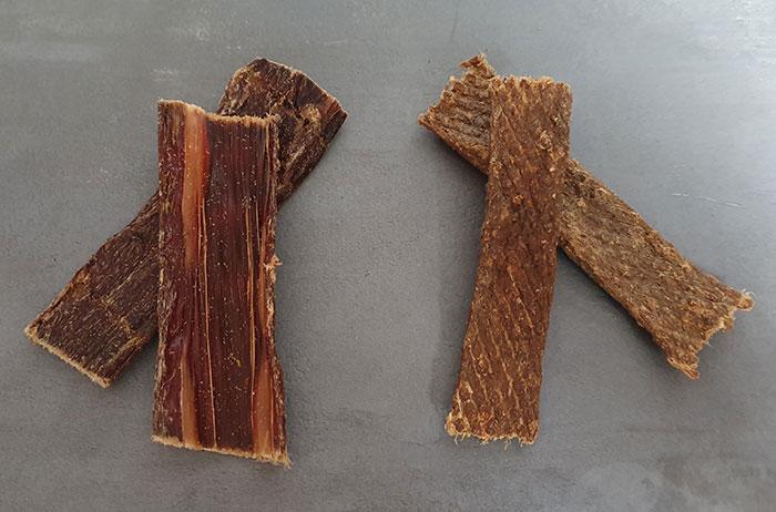 Zwei Trockenfleischstücke im Vergleich